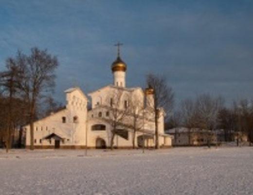 Церковь Святых мучениц Веры, Надежды, Любови и матери их Софии в Пскове (Фото: Dance60, Shutterstock)