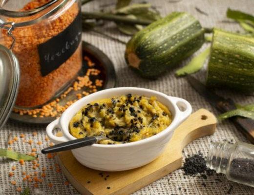 Запеканка из кабачков с чечевицей — полезный завтрак без яиц и муки