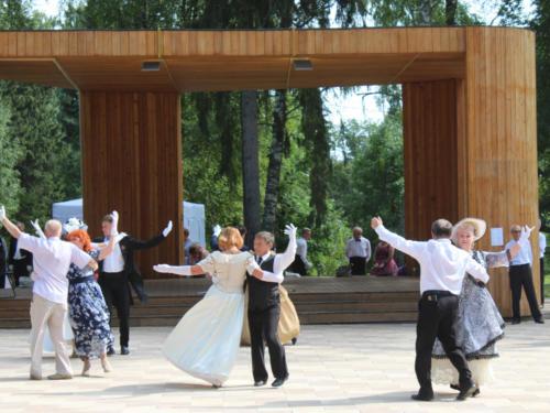 Августовский Светский бал (фото М. и Д. Кузьмины)