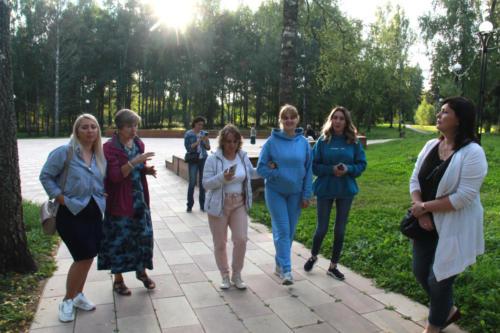 Концерт вокального коллектива «Соло» в Высоковской городской библиотеке (фото В.Кузьмин, август, 2021)