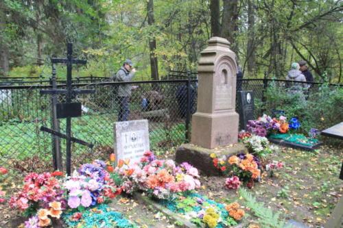 Уникальный поход к могиле Василия Никитича Татищева (фото В.Кузьмин, сентябрь, 2021)