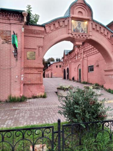 г.Клин, Советская площадь, Торговые ряды (фото из архива сайта infoce-klin.ru, сентябрь, 2021)