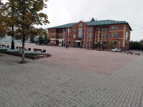 г.Клин, Советская площадь, здание МФЦ (фото из архива сайта infoce-klin.ru, сентябрь, 2021)