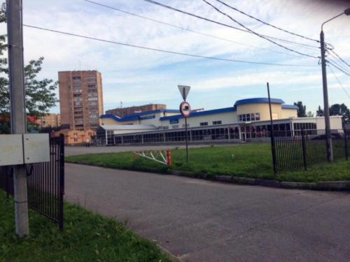 г.Клин, ул.Гагарина, супермаркет «АШАН» (фото из архива сайта infoce-klin.ru, 2020 год)